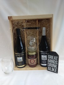 Red Wine Gift Box Image